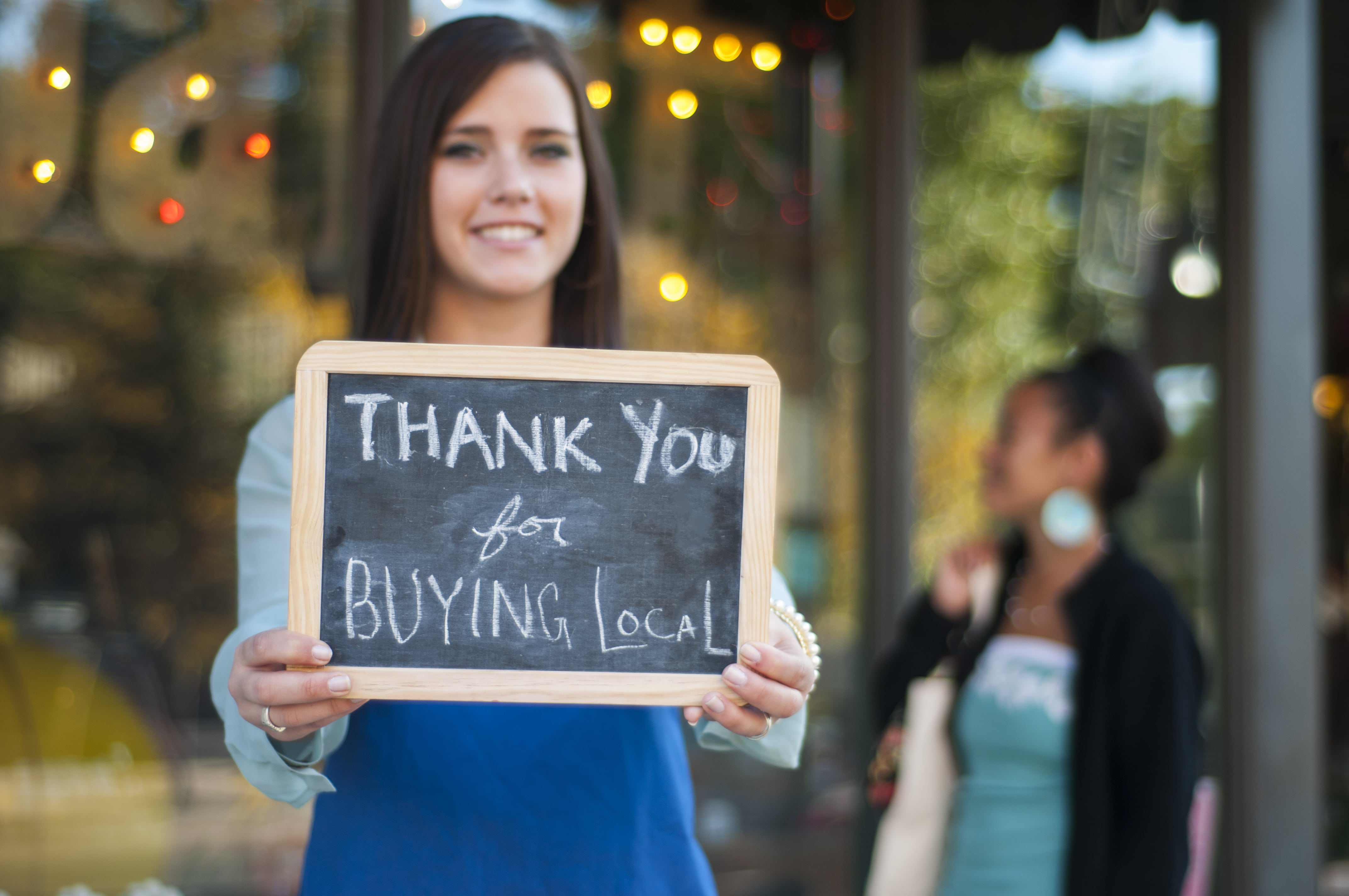 AmTrust Insureds Urge Others to Shop Locally on Small Business Saturday
