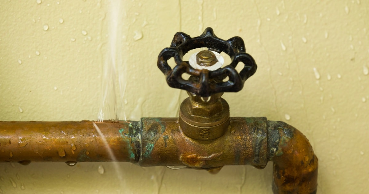 How to Help Prevent Pipes from Freezing and Bursting