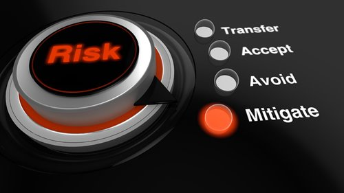 7 Must-Read Risk Management Tips for Vendors